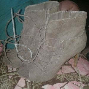 BRAND NEW STILETTO OPEN TOED BOOTIES SIZE 6.5